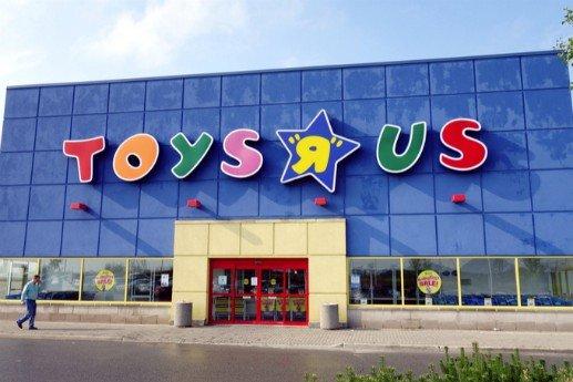 """Toys """"R"""" Us Guest Satisfaction Survey"""